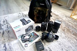 Canon 70D Bundle only 5855 shutter count!!! for Sale in Newport News, VA