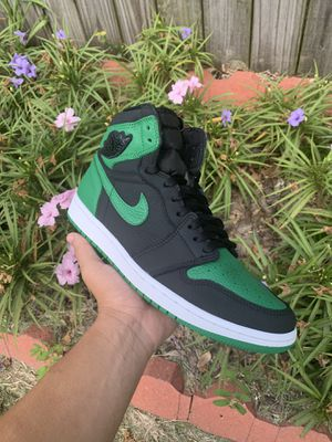 "Jordan 1 retro high ""pine green"" for Sale in Friendswood, TX"
