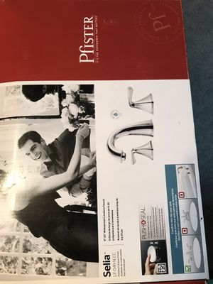 """Pfister 8-20""""widespread lavatory faucet polished chrome for Sale in Valrico, FL"""