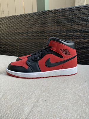 Nike Jordan 1 mid gym red/black for Sale in San Diego, CA