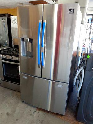 New Samsung Showcase French Door Refrigerator for Sale in Artesia, CA