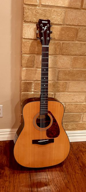 Yamaha Acoustic Guitar for Sale in Claremont, CA