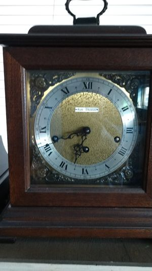 Beautiful Seth Thomas antique key wind mantle clock for Sale in Denver, CO