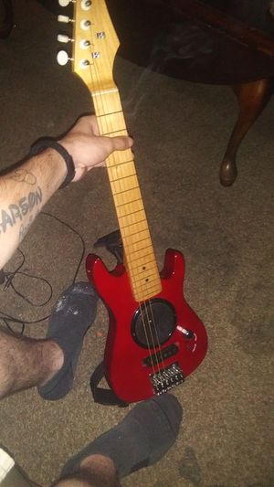 30'' Electric Guitar W/ Built-In Amp + Carry Bag for Sale in Winchester, KY
