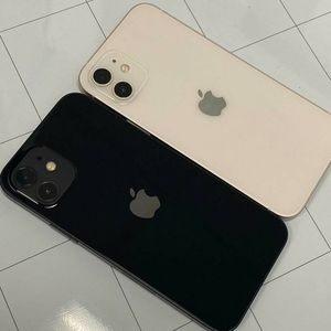 Apple IPhone 12 Unlocked for Sale in Tacoma, WA
