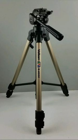Vintage! Like New Velbon S-6000 Aluminum Camera Tripod for Sale in Cleveland, OH
