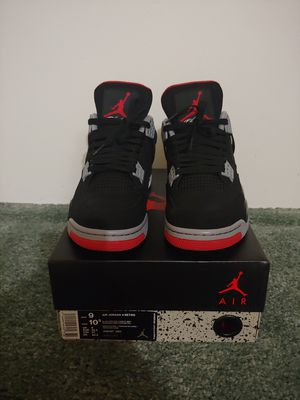 Jordan 4 black red size 9 for Sale in Milwaukee, WI