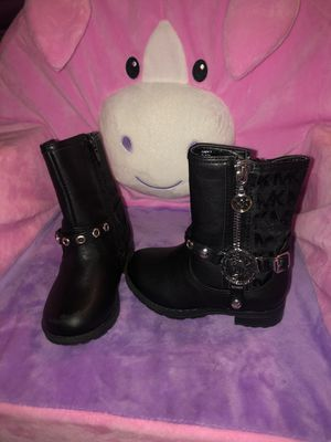 Black toddler girl Michael Kors boots for Sale in North Las Vegas, NV
