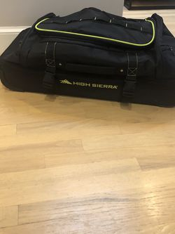 High Sierra Rolling Duffle Bag for Sale in Washington,  DC