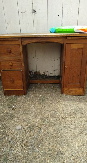 Desk, drawers FREE FREE for Sale in San Diego, CA