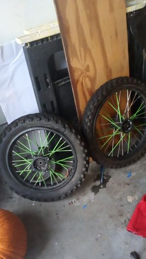 Apollo 125cc dirt bike rims for Sale in Woodstock, GA