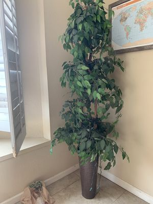 Faux tree with lights for Sale in Glendale, AZ