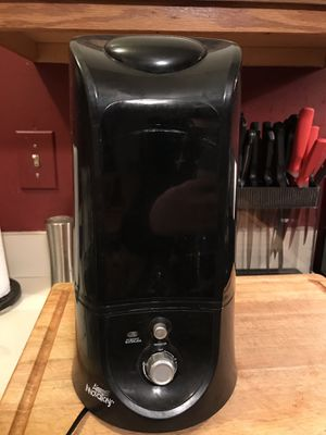 Air innovations humidifier for Sale in Freehold, NJ