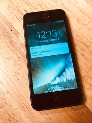 iPhone 5 Space Grey Carrier Unlocked for Sale in Nashville, TN