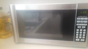 Hamilton Beach Microwave. In good working condition for Sale in Alexandria, VA