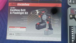 New Drill Master 18 volt 3/8 New Cordless drill/driver and flashlight kit for Sale in Laveen Village, AZ