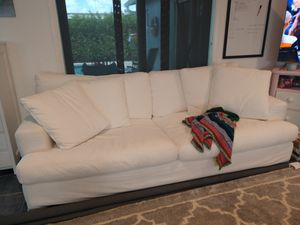 Beautiful new white couch!!! Slip covers can be washed! for Sale in Fort Lauderdale, FL