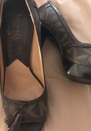 Michael Kors Heels -Size 8 for Sale in Atlanta, GA