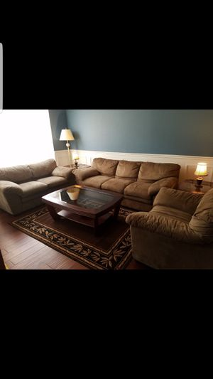 Sofa set with tables and carpet for Sale in Manassas, VA