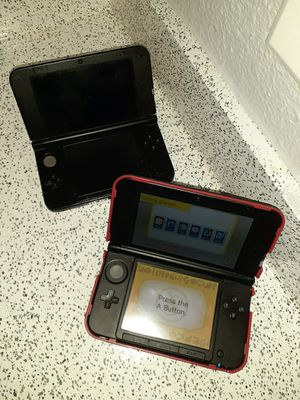 Nintendo 3DS XL 125 For both great condition one for 75$ WILL NEGOTIATE With Charger for Sale in Dallas, TX