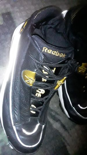 Iverson Reebok Size 11 for Sale in Aurora, CO