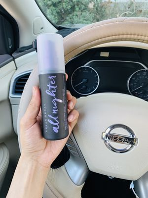 UD all nighter setting spray 4.0 fl for Sale in Lawndale, CA