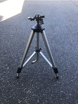 Heavy Duty Tripod Sprinkler (4 ft max height) for Sale in Camas,  WA