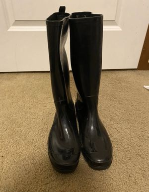 Rain boots for Sale in Burlington, WA