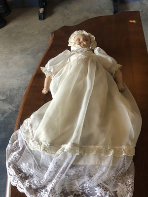 Antique doll for Sale in Edgewood, WA