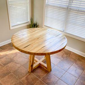 Modern Dinner/kitchen Table for Sale in Sanford, NC