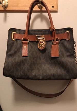 54078a655c2e Michael kor hamilton purse for Sale in Mount Juliet, TN