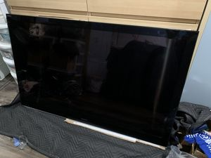 Sony Bravia 60Inch LCD Digital Color TV for Sale in West Los Angeles, CA