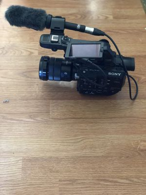 Sony FS5 4K for Sale in Farmville, VA