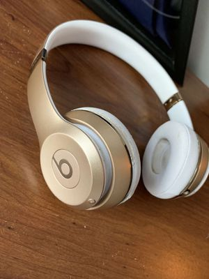 Beats solo 3 wireless for Sale in Spring, TX