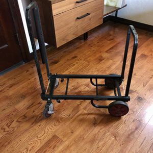 Ultimate Support –Jamstands DJ Equipment cart Kc 90 for Sale in Long Beach, CA