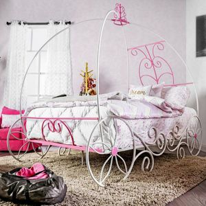 Metal Full Princess Carriage Bed in Pink and White for Sale in Ontario, CA