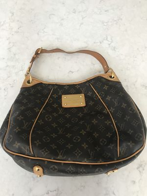 AUTHENTIC LOUIS VUITTON GALLIERA PM BAG for Sale in Lake Worth, FL