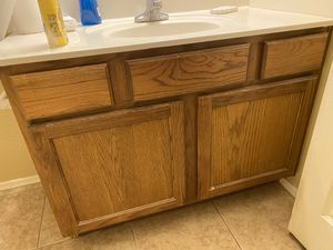 "42"" Bathroom Vanity- Great Condition for Sale in Queen Creek, AZ"