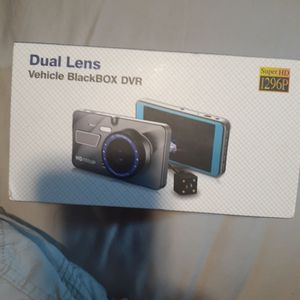 NEW IN BOX DUAL LENS VEHICLE BACK UP CAMERA for Sale in Mount Joy, PA