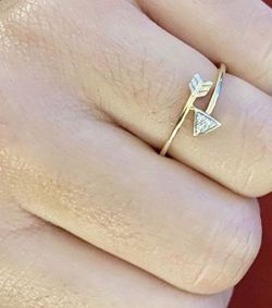 DIAMOND 14K GOLD RING for Sale in Claremont,  CA
