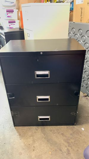 3 Drawer Filing Cabinet for Sale in Buena Park, CA