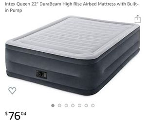 22inch air mattress with built in pump for Sale in Cinnaminson, NJ
