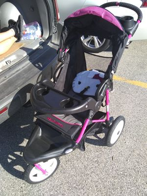 Baby Trend Hello Kitty Jogging Stroller for Sale in Waukesha, WI