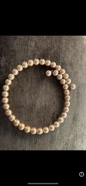New Short Pearls Necklace for Sale in Miramar, FL