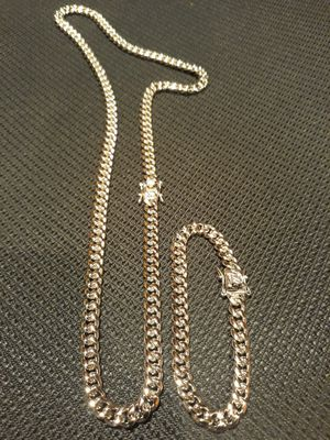 $90.....8mm.....🏌️🤳🏆🤩14k white gold-plated cuban link chain and bracelet.... will not fade or tarnish.... I deliver 🚗💭💭 for Sale in Fort Lauderdale, FL