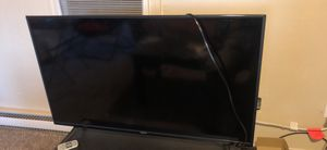 Vizio smart tv 40 inch LIKE NEW 120 for Sale in Lawton, OK