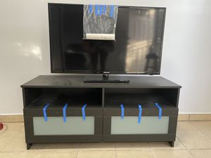 Tv + Tv stand for Sale in Los Angeles, CA