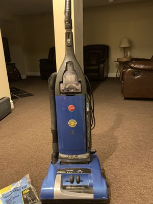 Hoover Windtunnel Vacuum for Sale in North Royalton, OH
