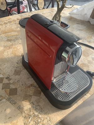 Nespresso machine for Sale in Fort Lauderdale, FL
