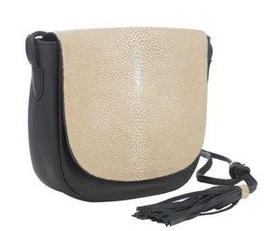 Vivo purse (luxury item) name brand for Sale in Atlanta, GA